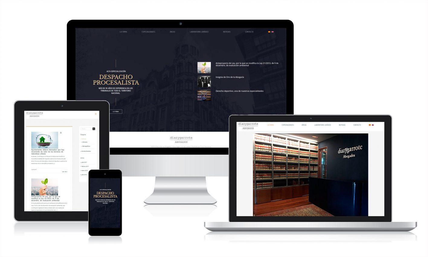 Web corporativa en diferentes pantallas